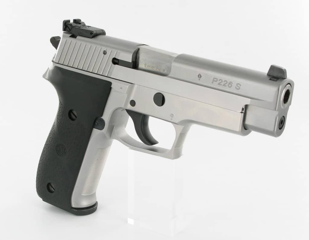 SigSauer P226