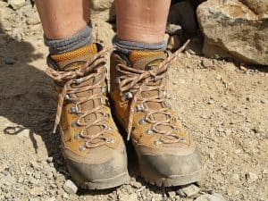 Hiking Boots Square Knot