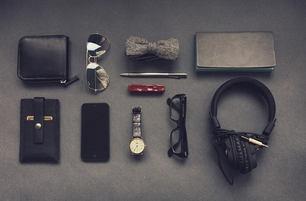 What is EDC everyday carry what should you bring with you daily