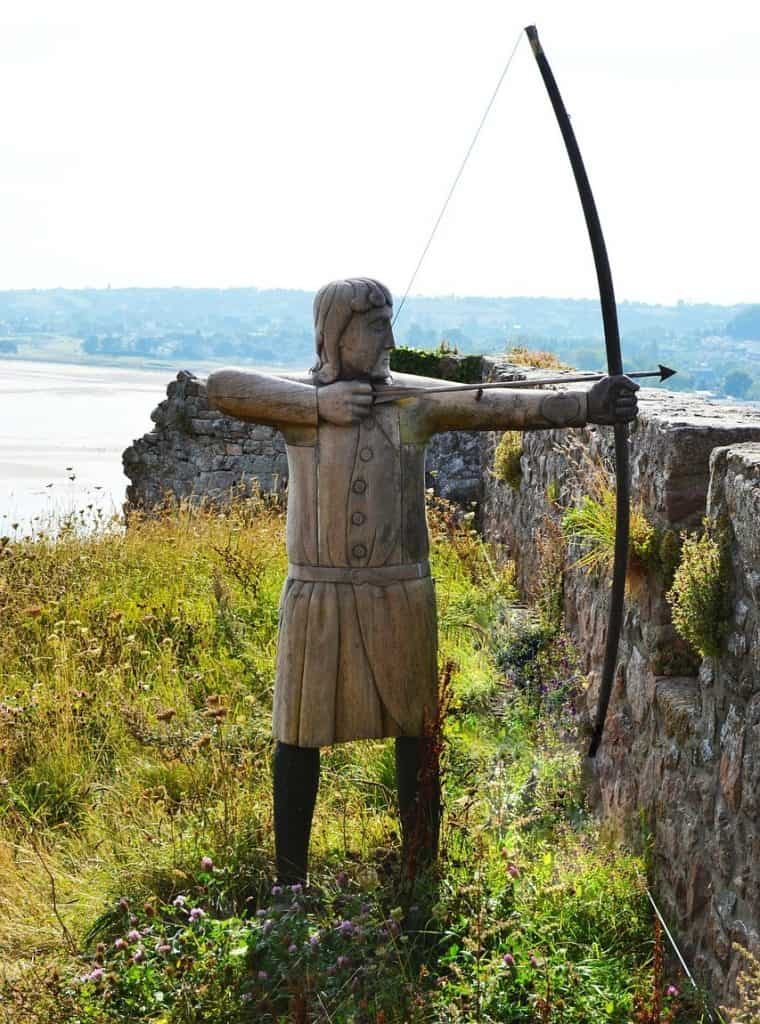 Historic medieval longbow traditional archery best target bow